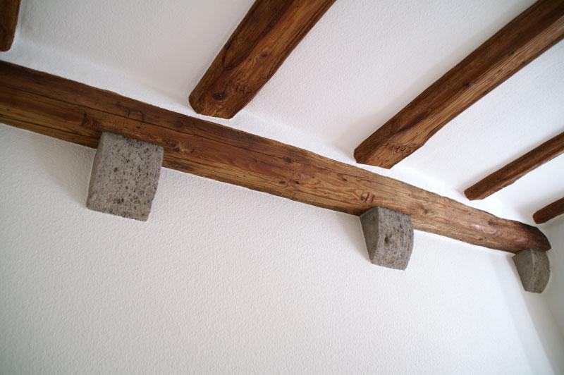 Holzbalken Restaurieren